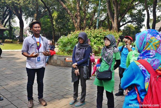 Jakarta Good Guide di Taman Suropati