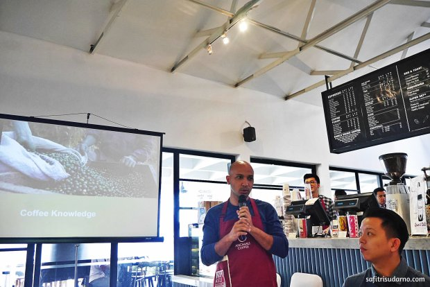 Pendiri Anomali Coffee berbagi Coffee Knowledge