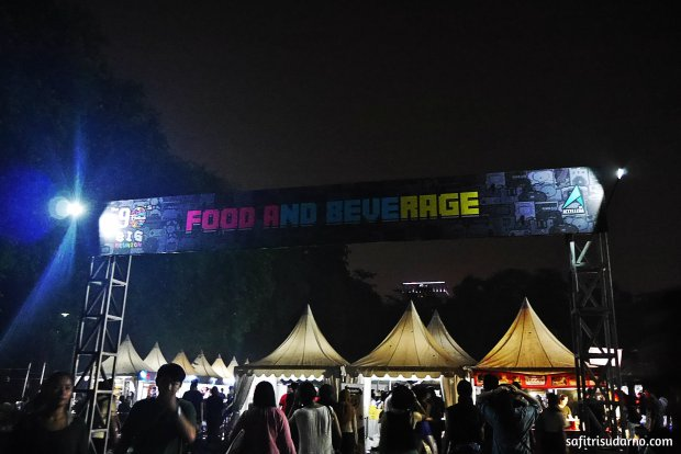 Stand Makanan The 90s Festival