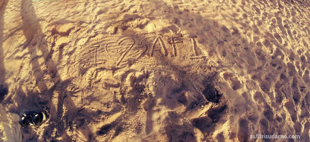 sand on key west